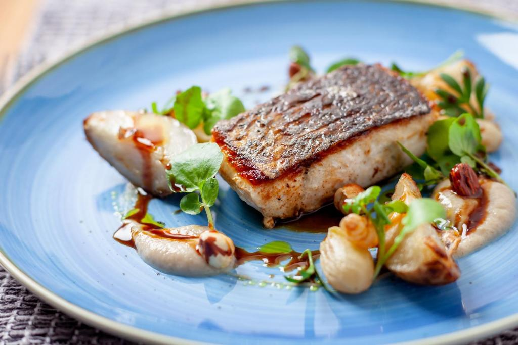 best hotels in Ryde seaview hotel food