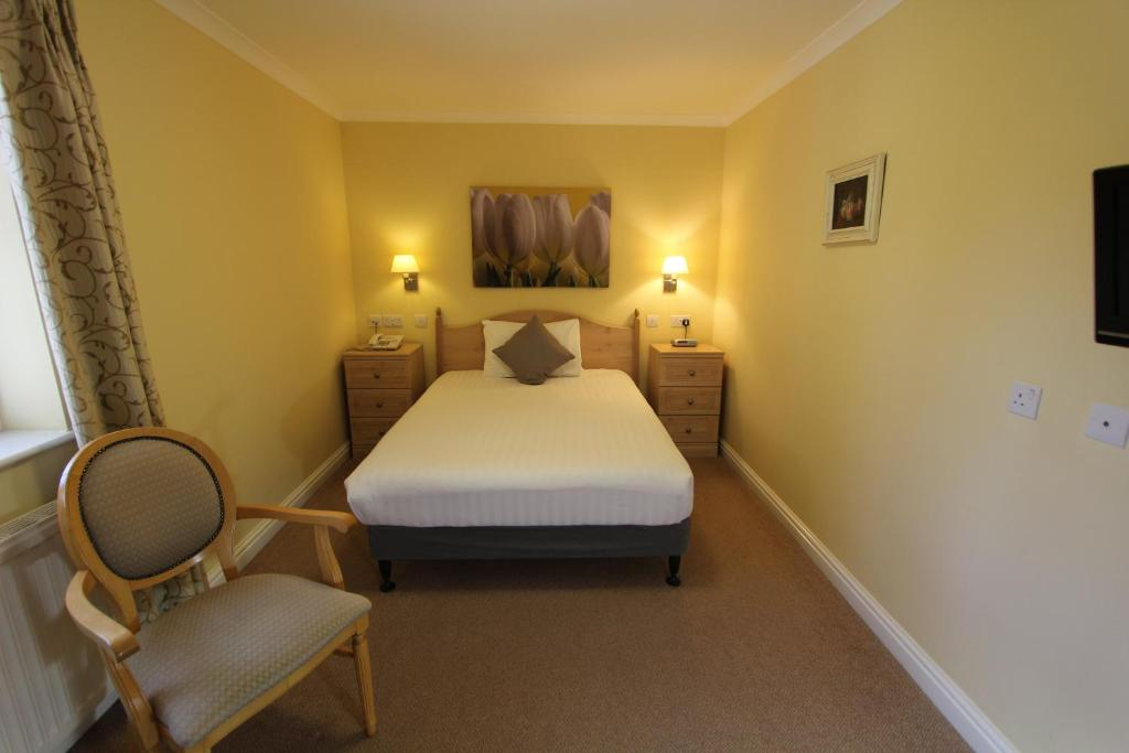 best hotels in honiton hunters moon bed