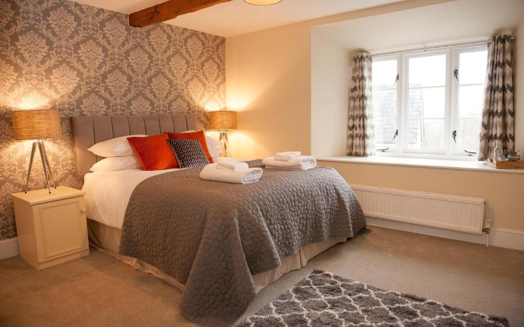 best hotels in honiton kings arm
