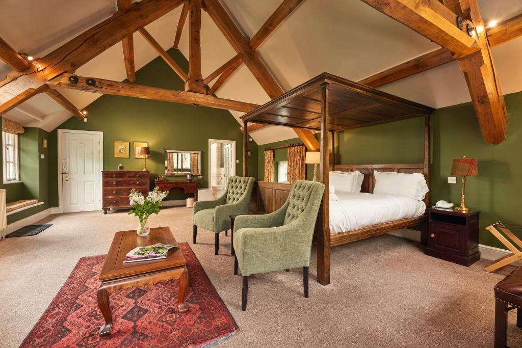 best hotels in honiton masons arms room