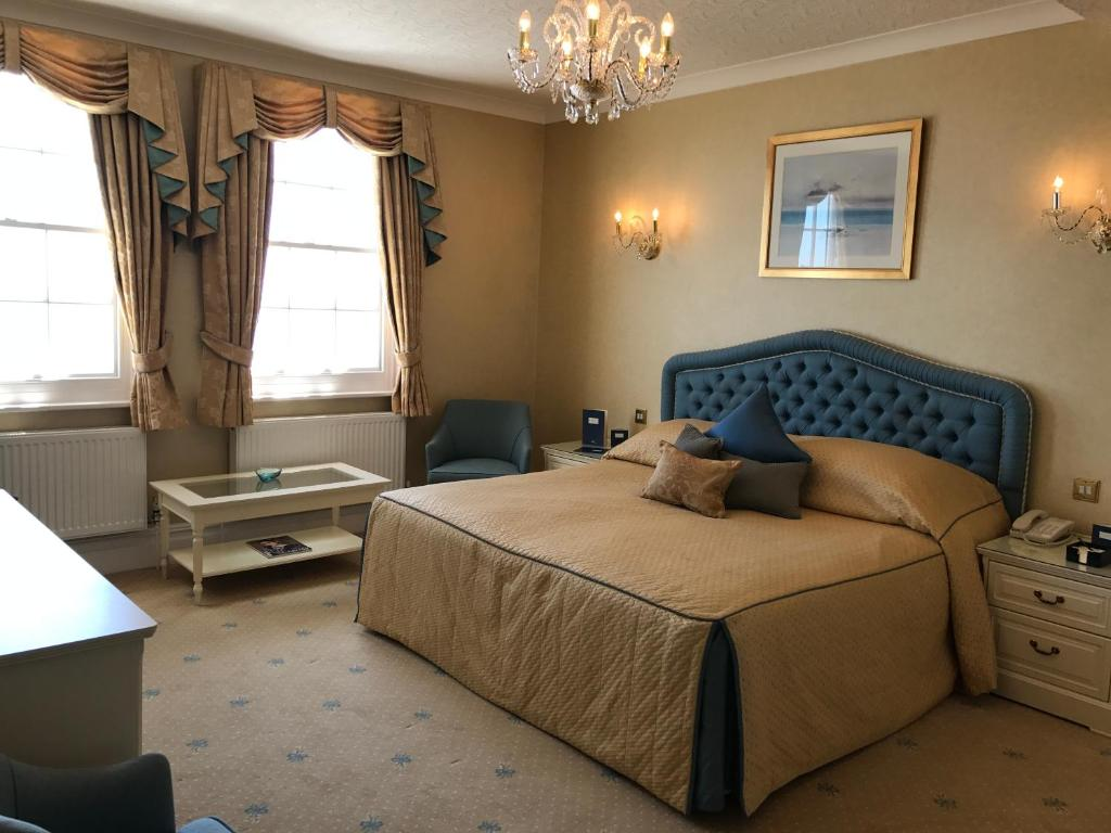 best hotels in honiton riviera room
