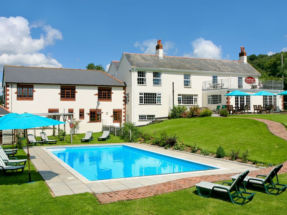 best hotels in honiton sid valley pool