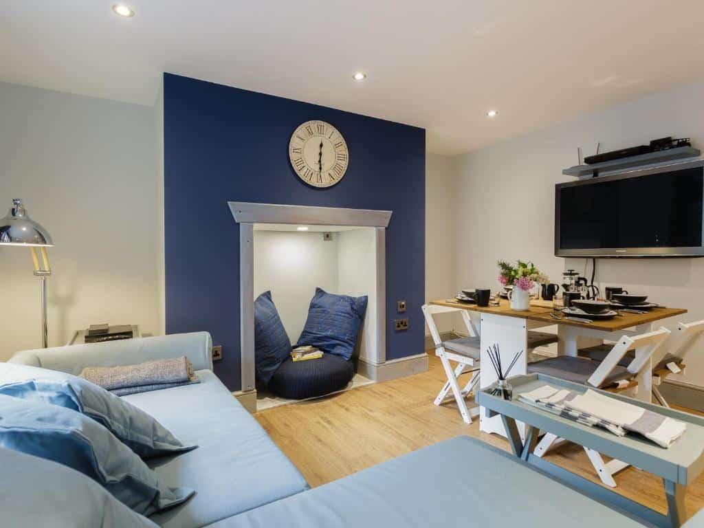 best portsmouth airbnb albany garden