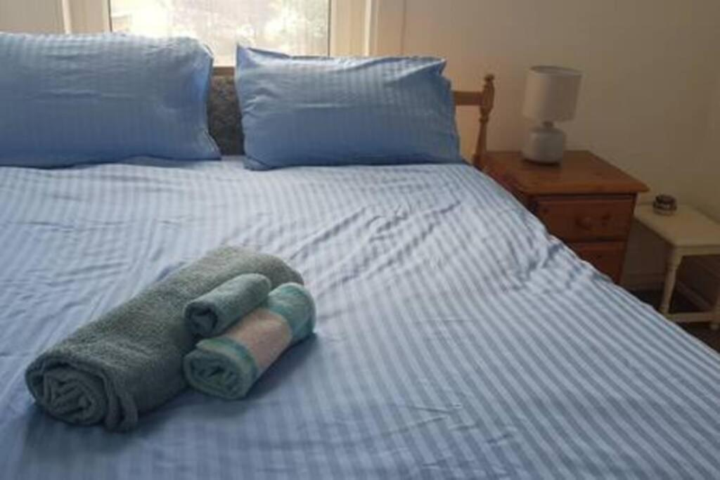 best portsmouth airbnb character apartment bed