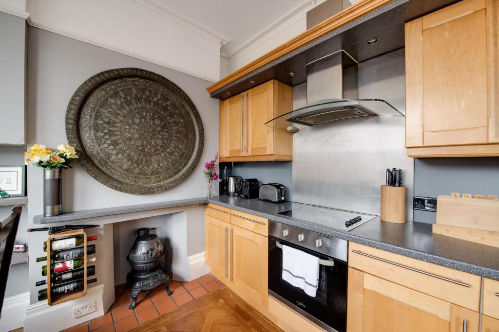 best portsmouth airbnb victorian flat kitchen