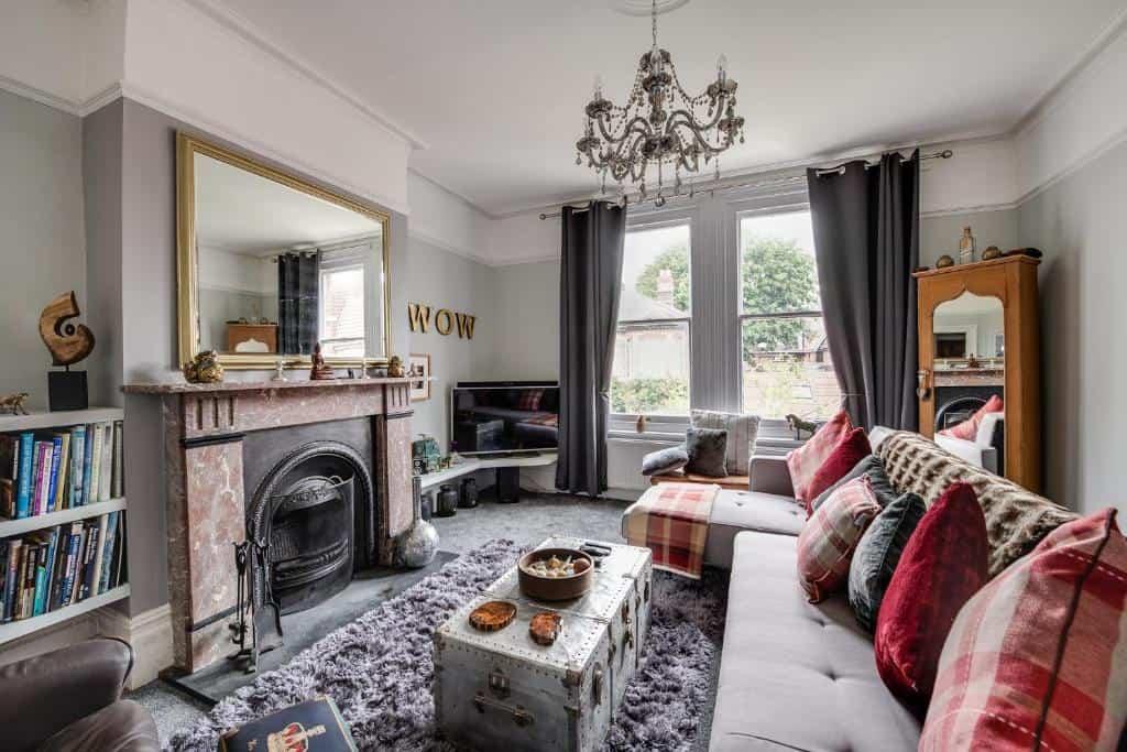 best portsmouth airbnb victorian flat