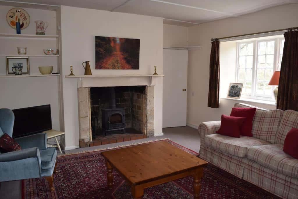 best bridport cottages laverstock living room