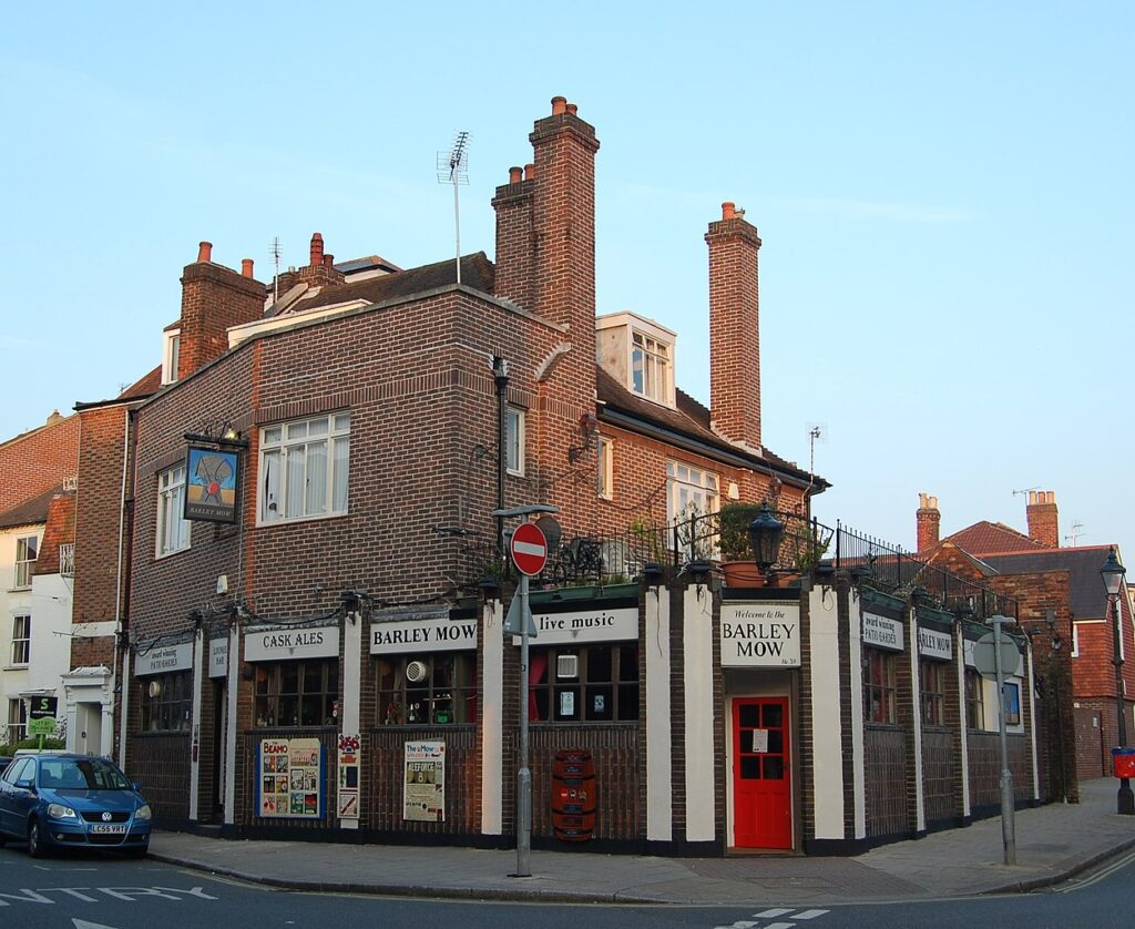 best pubs in portsmouth The Barley Mow Pub in Southsea
