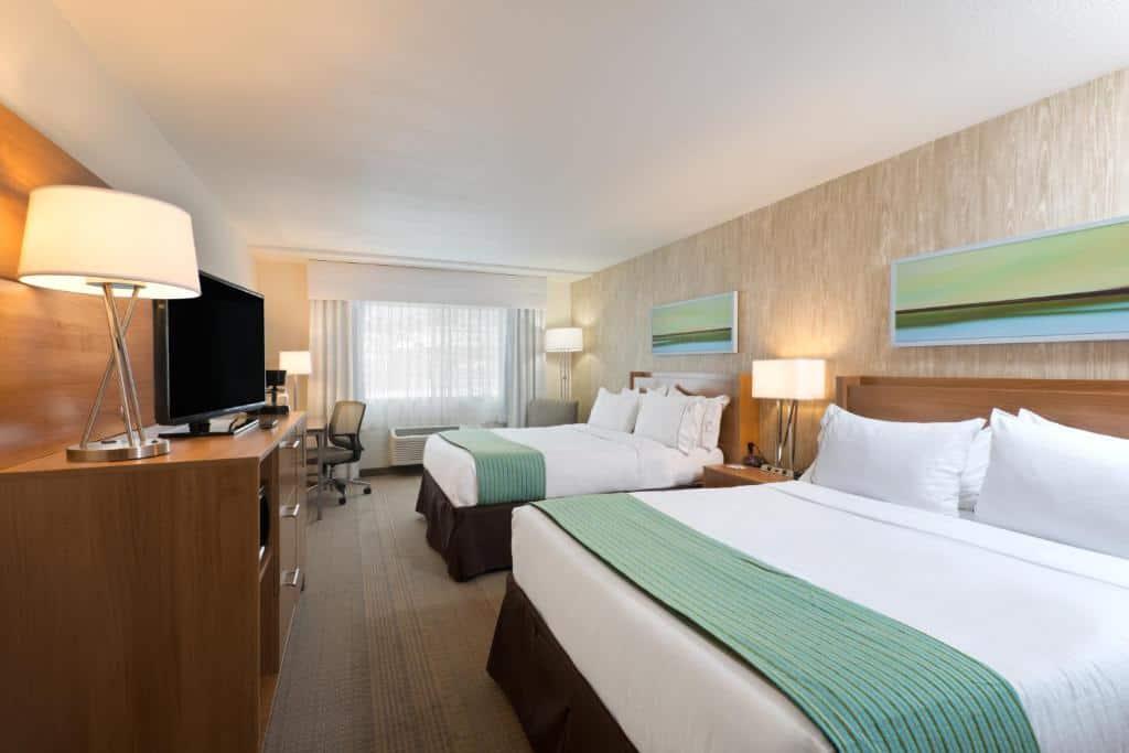 best Granby hotels holiday inn room