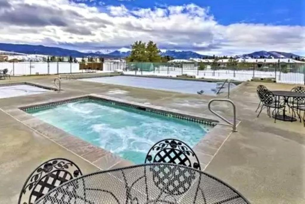 best Granby hotels pines at meadow ridge hot tub