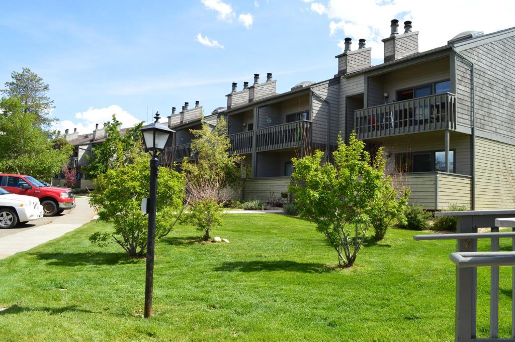 best Granby hotels pines at meadow ridge